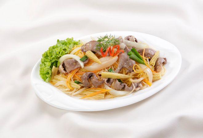 3-extremely-easy-Hu-Tieu-Xao-recipe 9