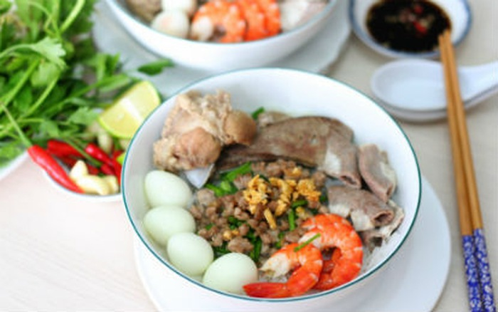 Authentic-hu-tieu-nam-vang-recipe-Phnom-Penh-Noodle-Soup 12