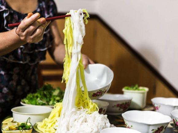 Mi-quang-recipe-How-to-make-mi-quang-noodles 10