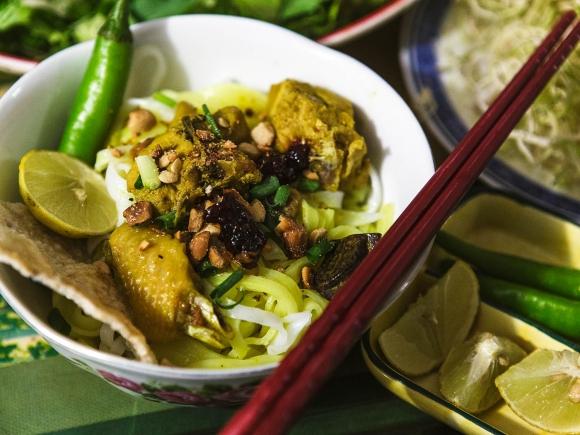 Mi-quang-recipe-How-to-make-mi-quang-noodles 12
