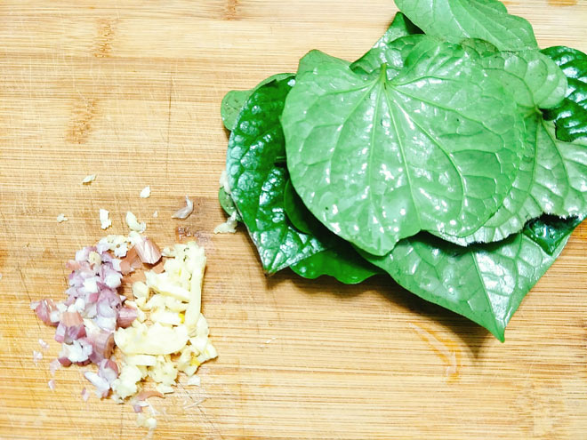 Bo-la-lot-Recipe-How-to-make-beef-wrapped-in-betel-leaf 4