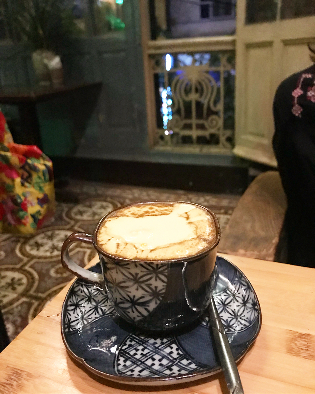 The-4-best-places-to-enjoy-Vietnamese-egg-coffee-in-Hanoi 12
