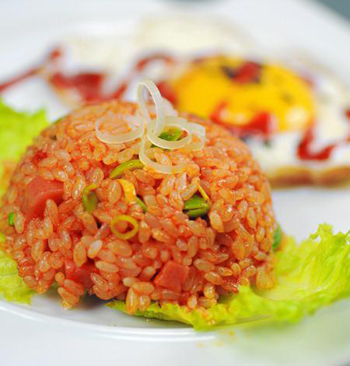 Vietnamese-tomato-rice-recipe 6