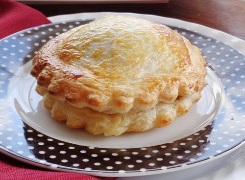 Banh-pateso-recipe-how-to-make-pate-chaud-at-home 17