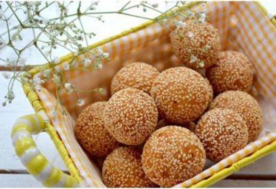 Banh Cam recipe – Vietnamese fried sesame ball with mung bean paste