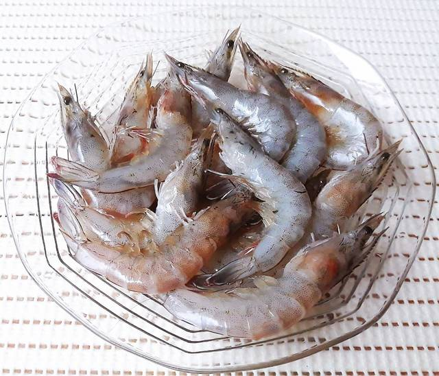 Vietnamese-banh-tom-recipe-Sweet-potato-shrimp-fritters 3