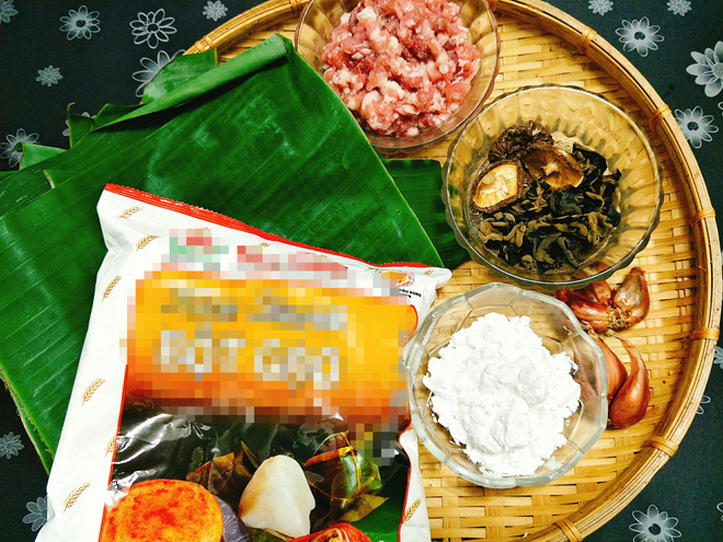 Banh-gio-recipe–Vietnamese-rice-and-pork-pyramid-dumplings 2