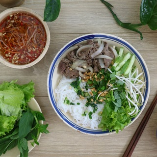 Bun-bo-nam-bo-recipe –How-to-make-Vietnamese-beef-and-noodle-Salad 8