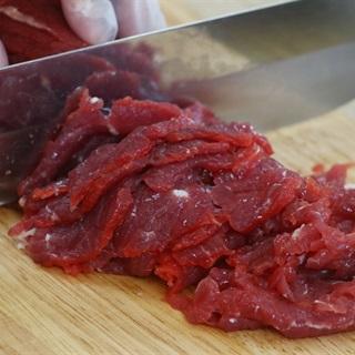 Bun-bo-nam-bo-recipe–How-to-make-Vietnamese-beef-and-noodle-Salad 2