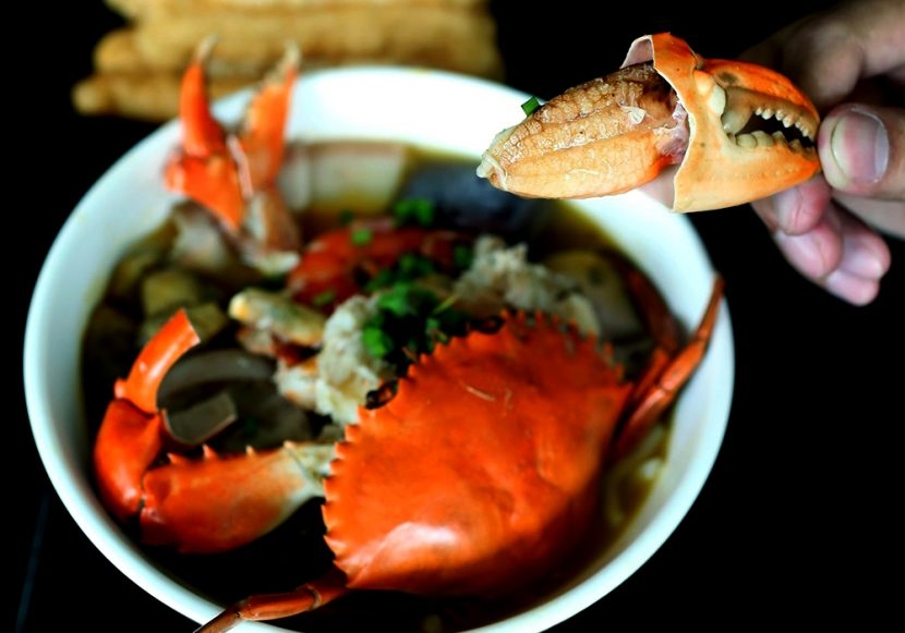 Banh-canh-cua-Recipe-Vietnamese-Crab-Thick-Rice-Noodle-Soup 2