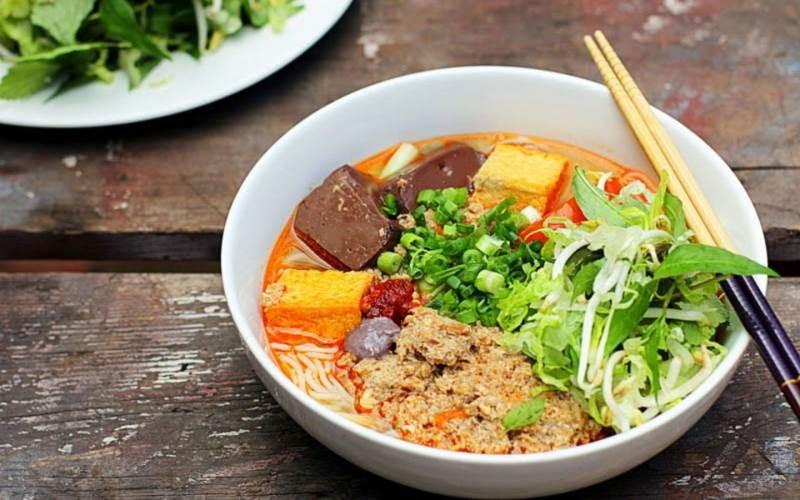 Bun-rieu-recipe-Vietnamese-crab-noodle-soup 2