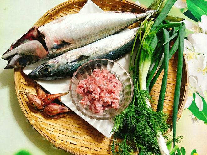 Cha-Ca-Recipe-How-to-make-Vietnamese-Fish-cake 1