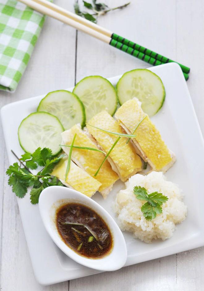 Com-ga-Hai-Nam-recipe–How-to-make-Hainanese-Chicken-rice 12