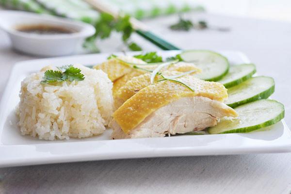 Com-ga-Hai-Nam-recipe–How-to-make-Hainanese-Chicken-rice 2