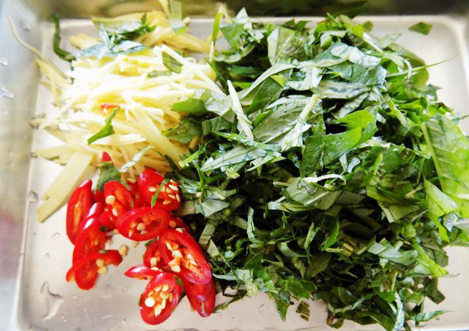 Goi-bap-cai-Recipe-How-to-make-Vietnamese-cabbage-salad 3