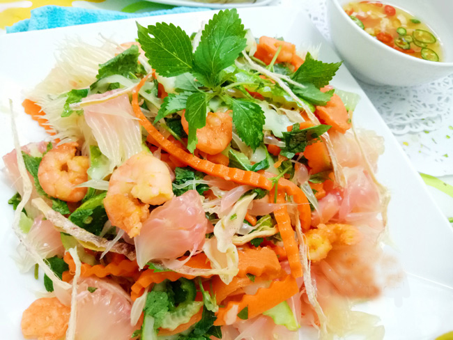 Vietnamese-pomelo-salad-with-shirmp-and-dried-squid-recipe 12