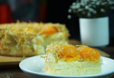 Banh bong lan trung muoi - Vietnamese Salted egg sponge cake Recipe