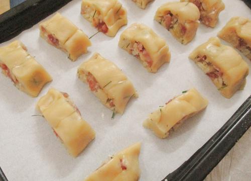 Banh-Cha-Recipe–One-of-Hanoi-culinary-Specialities 11