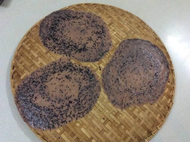 Banh-da-Recipe-Vietnamese-sesame-rice-cracker-recipe 9